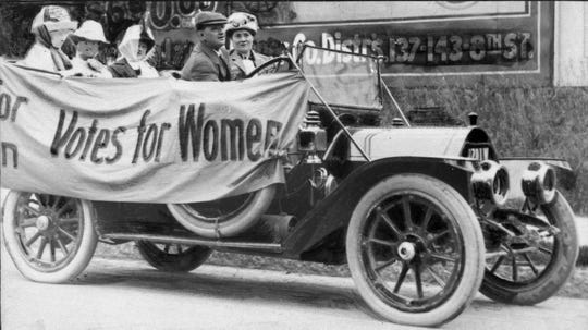 Historical Photo of Women campaigning for Voting rights